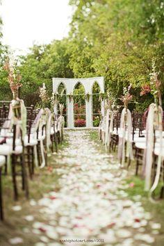 Such an enchanting garden wedding ceremony setup #wedding #gardenparty #garden #weddingceremony #rustic