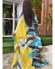 African Dresses For Kids, African Maxi Dresses, Latest African Fashion Dresses, African Print Fashion, African Attire, African Fashion Traditional, Funky Dresses, Elegant Chic, Elegant Woman