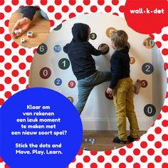 Klaar om je klas te trakteren op een eye-catcher, en om van rekenen een leuk moment te maken  met een nieuw soort spel?  wall.k.dot is een educatief spel dat muur- en vloerstickers met dobbelstenen combineert.  Eeneye-catcherin je interieur, het prikkelt je kids om te bewegen en om bij te leren, altijd netjes opgeruimd, en pvc-vrij afgewerkt. Een leuk en leerrijk spel in  1 (kleven), 2 (dobbelen), 3 (spelen en leren).  Interesse? kom vlug even kijken op onze website!