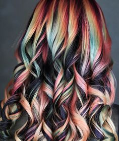 Obsessed with these autumn-inspired dark rainbow curls by cat recipes monty the cat cats things cat base awesome cats cat and dog lost cat cat craft funny kitty cats cat tutorial guilty dogs laughing cat cat stuff furniture cat home ideas sheep cat Vivid Hair Color, Beautiful Hair Color, Hair Dye Colors, Cool Hair Color, Crown Hairstyles, Pretty Hairstyles, Natural Hair Styles, Long Hair Styles, Dye My Hair