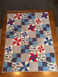 Airplanes and pinwheel baby quilt