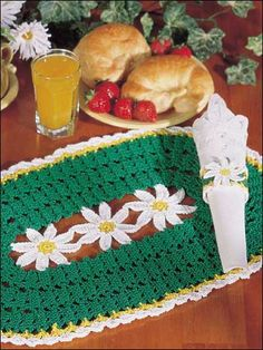 Crochet for the Home - Kitchen Crochet Patterns Pretty daisies adorn this place mat and napkin ring set, worked in sizes 3 and 10 thread with size 7 steel hook and size C hook.Finished size: 12 x 19 Level: Intermediate - Crochet Kitchen, Crochet Home, Crochet Gifts, Crochet For Kids, Free Crochet, Crochet Placemat Patterns, Crochet Doilies, Crochet Potholders, Knitting Patterns