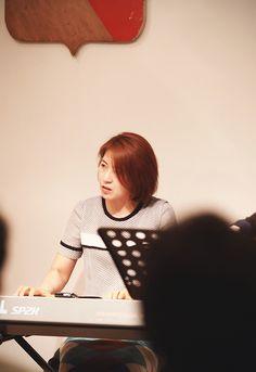 Snap photo by wooubi studio  cafe de mercim 대전 반석동 메르시엠 & 우유비스튜디오 (이경세쿼텟)