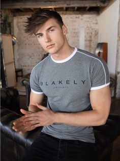 Mens > Tees > The Ryton - Blakely Clothing Polo Shirt Outfits, Mens Polo T Shirts, Mens Tees, Men Fashion Show, Mens Fashion Blog, Mens Fashion Suits, Fashion Addict, Men's Fashion, Fashion Tips