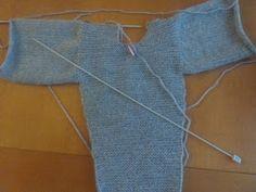 Dejamos la espalda en espera( 19 Easy Baby Knitting Patterns, Baby Kimono, Knit Baby Sweaters, Pulls, Crochet Baby, Free Pattern, Pajama Pants, Unique, Fashion