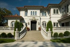 Classic Home Design Classic Home Classic Home | http://living-room-design-989-564.blogspot.com