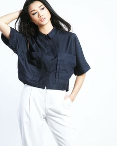 Double pocket top (T2048NA) 1,290.- www.mmchic-th.com