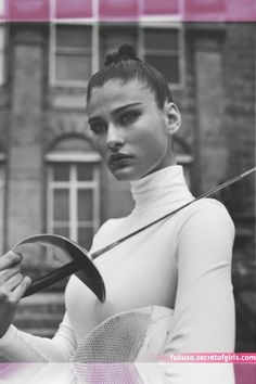 Gentleman Style You are in the right place about Martial Arts Women outfit Here we offer you the mos Fencing Club, Fencing Sport, Fencing Foil, Olympic Fencing, Modern Fence Design, Martial Arts Women, Sword Fight, Cosplay Anime, Fence Art