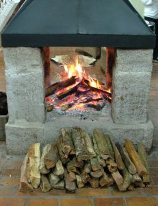 how-to-build-an-outdoor-fireplace