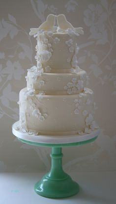 Lovebirds wedding cake by Cotton and Crumbs, via Flickr
