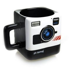 Snapping photographs all day can be thirsty work. How will you shoot those perfect compositions without first having a good old fashioned shot of caffeine? PhotoMug is a ceramic mug with printed camer