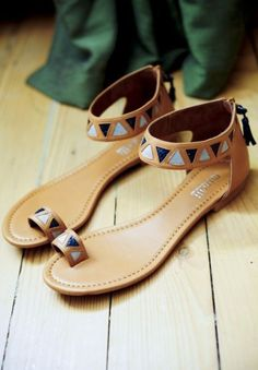 Sandals Summer from Punky b likes Minelli collection www. - There is nothing more comfortable and cool to wear on your feet during the heat season than some flat sandals. Cute Sandals, Cute Shoes, Me Too Shoes, Shoes Sandals, Flat Sandals, Boho Sandals, Flat Shoes, Crazy Shoes, Summer Shoes