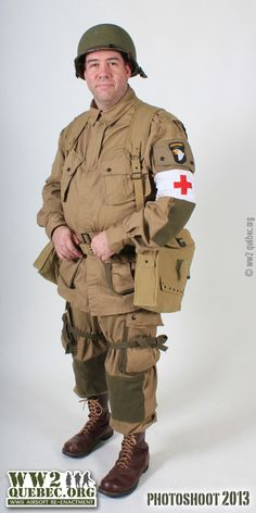 Military Gear, Military Equipment, Military Jacket, Ww2 Uniforms, Military Uniforms, American Uniform, Airsoft, Military Action Figures, Combat Gear