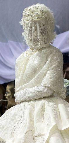 casamento judaico ultra ortodoxo vestido de noiva