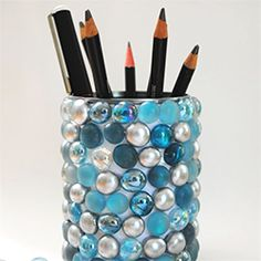 Up-cycle a tin can to make something stunning for your desk .... this would be fun to make and give to teachers as a thank you gift