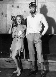 King Kong (1933) Fay Wray on set.