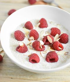 Vanilla Rasperry Breakfast Quinoa #healthy #recipes #breakfast #quinoa