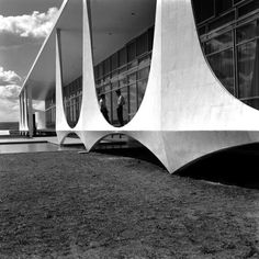 La construction de Brasilia par Marcel Gautherot brasilia construction Marcel Gautherot 11 photo photographie art architecture