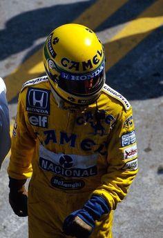 f1pictures:  Ayrton Senna 1987