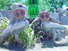 Helen Martin's Owl House, Graaf Reinett, South Africa Sculpture Art, Sculptures, Sculpture Garden, Eccentric Style, Artistic Installation, Visionary Art, Outsider Art, Owl House, Fantasy World
