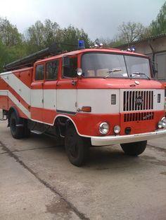 nva feuerwehr | Zurück zur Anzeige 'suche DDR Feuerwehr,Polizeiauto,NVA,Krankenwagen'