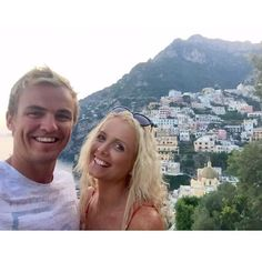 I would love to be back here with you ❤ @j_garlic • • • • • • • #travel #travelgram #traveller #travelling #wanderer #wanderlust #adventure #explore #overseas #europe #europe2017 #reminiscing #memories #forever #italy #positano #europesummer #aussies #blonde #smiles #couple #love #happiness #coupletravel #view #scenery #takemeback #live #life #curls…