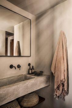 Casa Cook Kos on Behance Boho Bathroom, Bathroom Trends, Bathroom Faucets, Small Bathroom, Master Bathroom, Casa Cook Hotel, Greece Design, Tadelakt, Traditional Bathroom