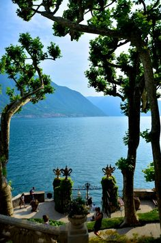 🌟Tante S!fr@ loves this📌🌟Balbianello Villa, Lake Como, Italy Dream Vacations, Vacation Spots, Italy Vacation, The Places Youll Go, Places To See, Comer See, Lake Como Italy, Italian Lakes, Places In Italy