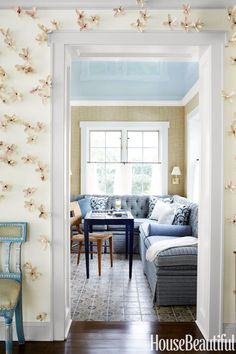 20 Breathtakingly Georgeous Ceiling Paint Colors and One That Isn't - laurel home - Benjamin Moore Sapphire Ice 808 - design by Sara Gilbane