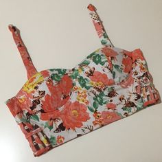 Fifty Street Floral Crop Top Bustier Worn twice in excellent condition. Adjustable straps and slightly padded. ✨Save $$$ when bundling with other items. 📍NO TRADE Fifty Street Tops Crop Tops