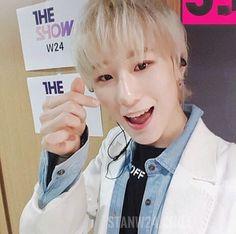 Park Aa ron_w24 group kpop