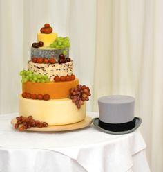 104 Wedding Cheese Cakes Everybody Will Love - VIs-Wed British Cheese, Wedding Cake Flavors, Cake Wedding, Wedding Cheesecake, Traditional Wedding Cakes, Best Cheese, Wine Cheese, Cake Decorating Tips, Pie Cake