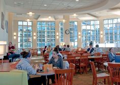 Holloway Commons Dining Hall=FOOOOOOOD #MyUNH
