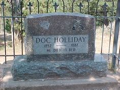 tombstone of famous Western gunslinger Doc Holliday Cemetery Monuments, Cemetery Statues, Cemetery Headstones, Old Cemeteries, Cemetery Art, Graveyards, Westminster, Gardens Of Stone, Famous Tombstones