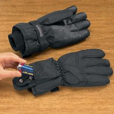 WOMAN'S HEATED WINTER GLOVES TOP SELLER