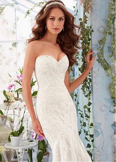 Graceful Tulle Sweetheart Neckline Mermaid Wedding Dresses with Lace Appliques