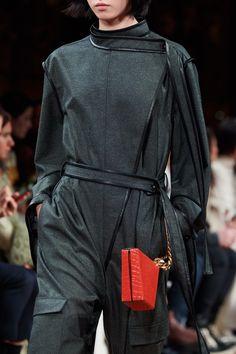 Stella McCartney Fall 2020 Ready-to-Wear Fashion Show | Vogue Stella Mccartney, Vogue Paris, Models, Mannequins, Catwalk, Ready To Wear, Fashion Show, Fall Winter, Runway