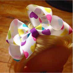 Muito ❤️ por esse laço lindo!!!! #iheart #lululacos #luluadultos #lulukids #lacos #lacoslindos #lacosdecabelo #enfeitesdecabelo #instafashion #red #acessoriosdecabelo #summer #feitoamao #hairbow #handmade #hairaccessory #fashion #coisasdemulher #namoda #maedemenina