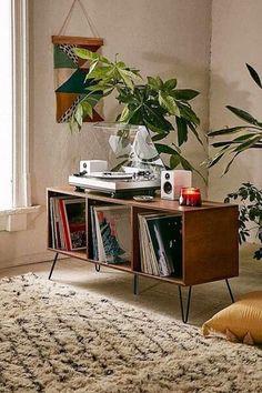 Retro Living Rooms, Living Room Designs, Living Room Decor, Living Room Vintage, Bedroom Vintage, Budget Living Rooms, Midcentury Modern Living Room, 1950s Living Room, Hippie Living Room
