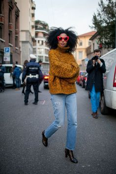 There's a new length of pants in town..and I <3 it!  (article from Man Repeller blog.. image of Julia Sarr Jamois)