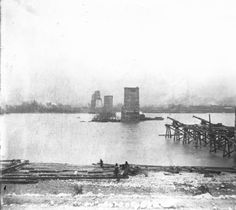 Big Four Bridge collapse, December, 1893. :: Howard Steamboat Museum Collection