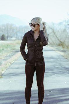 Cara Loren workout clothes