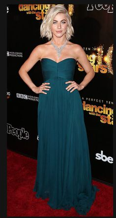 Julianne Hough gorgeous in a teal dress