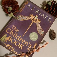 For my last #femmemarch post, one of my favourite novelists, AS Byatt. Loosely based on the life of children's author E Nesbit, The Children's Book follows the adventures of several inter-related families, from 1895 through World War 1.  As dazzlingly erudite as ever, Byatt gives us an Edwardian saga replete with stories within stories, and an abundance of detail, both historical and literary.  The novel imagines the reinvigoration of British children's literature that took place at this…
