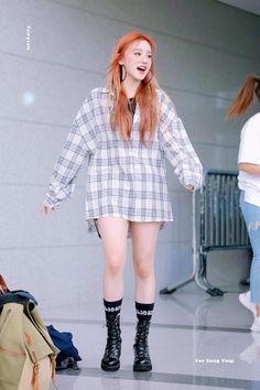 Fairytale (@Fairytale_0814) / Twitter Kpop Fashion, Daily Fashion, Korean Fashion, Fashion Trends, Airport Fashion, Fashion Outfits, Kpop Girl Groups, Korean Girl Groups, Kpop Girls