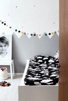 cuarto infantil paredes montaña