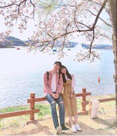Mode Ulzzang, Ulzzang Korea, Korean Ulzzang, Couple Posing, Couple Shoot, Couple Avatar, Korean Couple Photoshoot, Couple Ulzzang, Couple Aesthetic