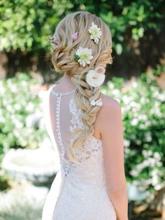 Braided Bridal Hair, it reminds me of Rapunzel from Tangled Wedding Hair Flowers, Wedding Hair And Makeup, Flowers In Hair, Bridal Hair, Fresh Flowers, Hair Wedding, My Hairstyle, Pretty Hairstyles, Braid Hairstyles