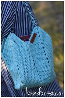 bandorka: Háčkovaná letní kabelka Crochet, Bags, Petra, Fashion, Crochet Purses, Crochet Hand Purse, Totes, Handbags, Moda