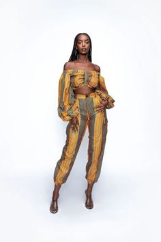 23 Must-Have African Pants to Rock This Year and Beyond! African Clothing For Sale, Modern African Clothing, Traditional African Clothing, African Dresses For Women, African Women, Traditional Outfits, African Print Pants, African Print Fashion, Fashion Prints